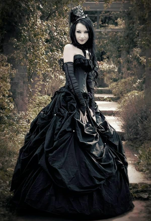 Beautiful Victorian dress!  What are you wearing to our Mad Hatter Party on April 12? http://www.descentsundays.com/events/2015/descent-mad-hatter-04122015.php