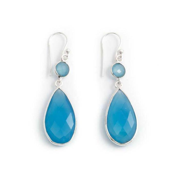 Koop blauwe oorbellen met edelsteen bij de leukste sieraden webshop van Nederland. Vele kleuren en maten beschikbaar. Altijd vriendelijke service.