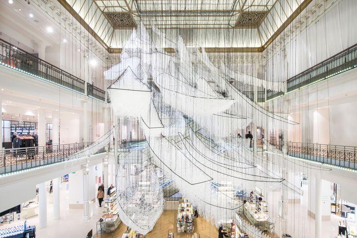 Where are we going, installation de Chiharu Shiota au Bon Marché Rive Gauche, copyright Gabriel de la Chapelle (3)