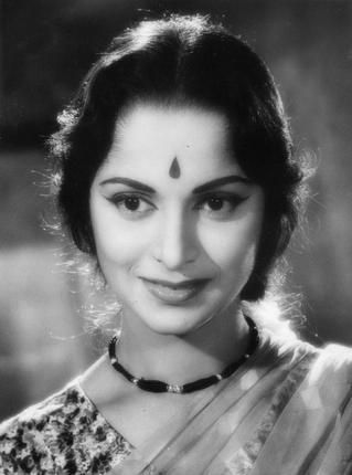Actress of Indian cinema #WaheedaRehman in Solva Saal (1958)