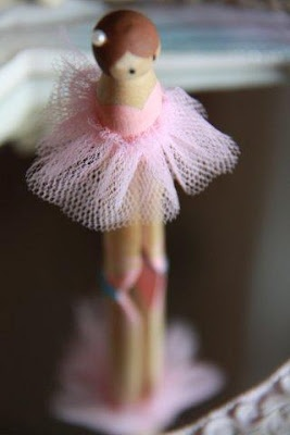 we bloom here: Making Peg Dolls: Clothespeg Ladies