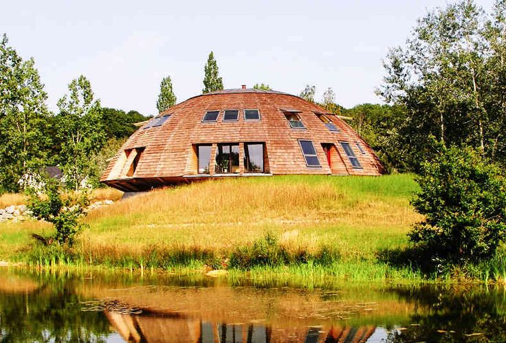 MOVE INTO AN INCREDIBLE DOMED HOUSE ANDSAVE THE PLANET