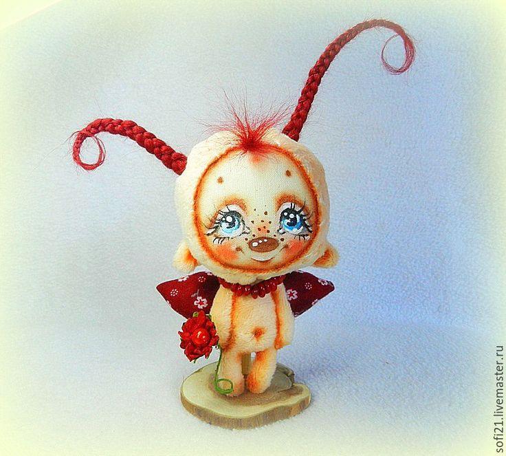 """Купить Букашечка """"Коралловые бусы"""" - ловец счастья - разноцветный, кукла, букашка, авторская игрушка, разные"""
