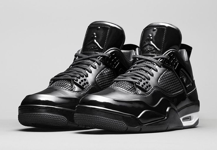 Jordan Shoes Retro 4 Black