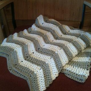 Chevron Crotchet blanket, love this look