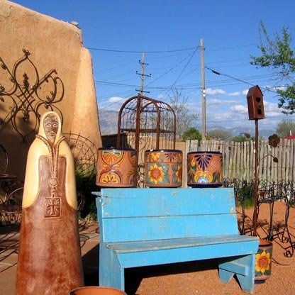 Great southwestern decor for your outdoor living space.