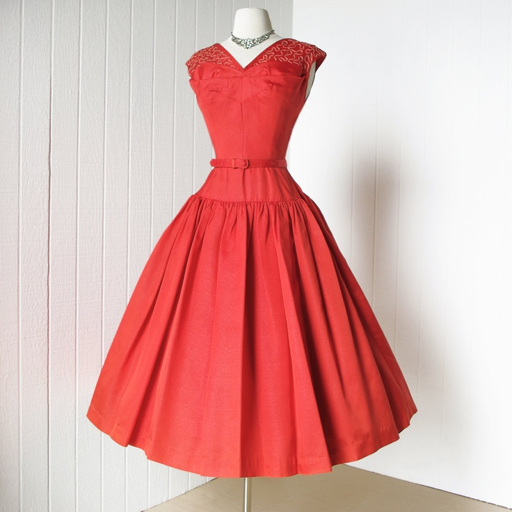 Fun and Flirty! 1950's coral cocktail dress ~ classic silhouette with a fitted bodice and a full and swingy skirt