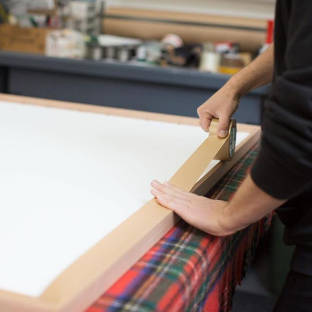 Behind the Scenes// Our frames are carefully put together by hand here in Melbourne, Australia. ⠀ ⠀ #framing #art #photography #quality #design #printshirt