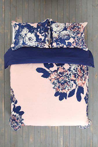 Plum Amp Bow Corner Floral Duvet Cover I Love This One