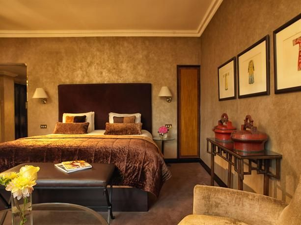Hotel Deal Checker - Radisson Blu Edwardian Hampshire  - Book Local Traders --> https://SnipTask.com