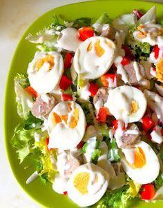 Smacznie, fit i zdrowo. : nasza ulubiona sałatka wielkanocna