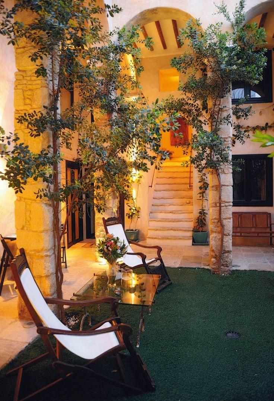 Los 25 hoteles m s rom nticos de espa a donde manda el for Hoteles chic en madrid