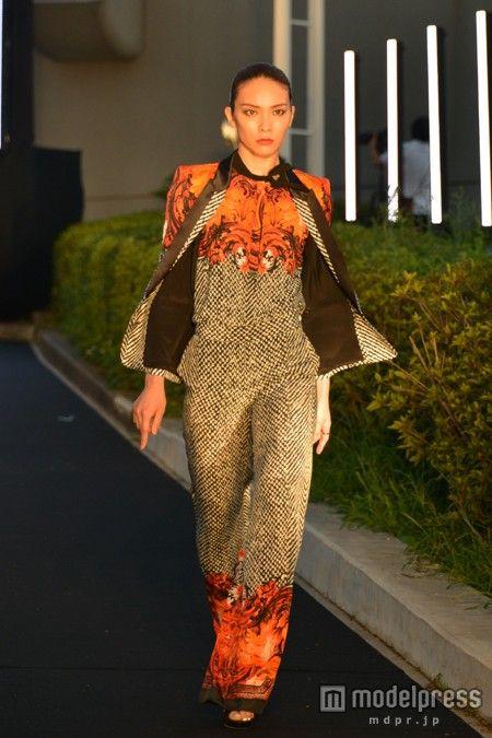 Sayaka Akimoto - Japanese model