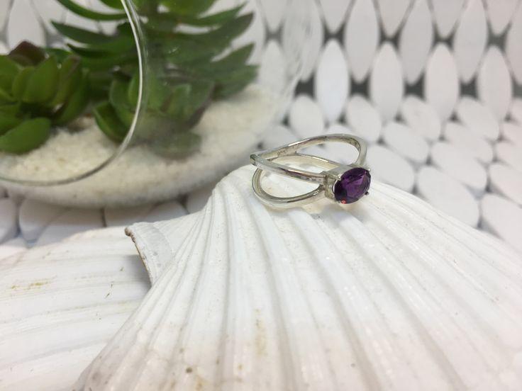 Natural Amethyst Sterling Silver Cross-Over Ring #huntjewellery #silverjewellery #sapphirering #etsyseller #etsy #handmadejewelry