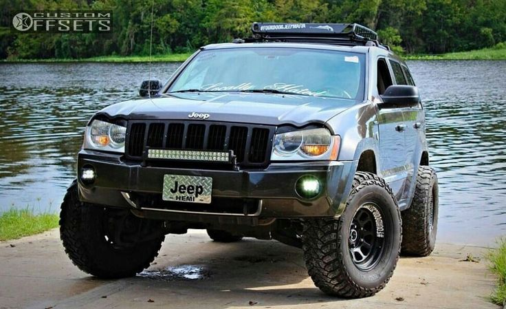 Lifted jeep grand Cherokee wk