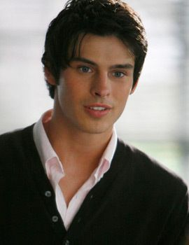 Adam Gregory - After having an instant crush on this guy, I just realized that he looks like someone I know. Oh dear~