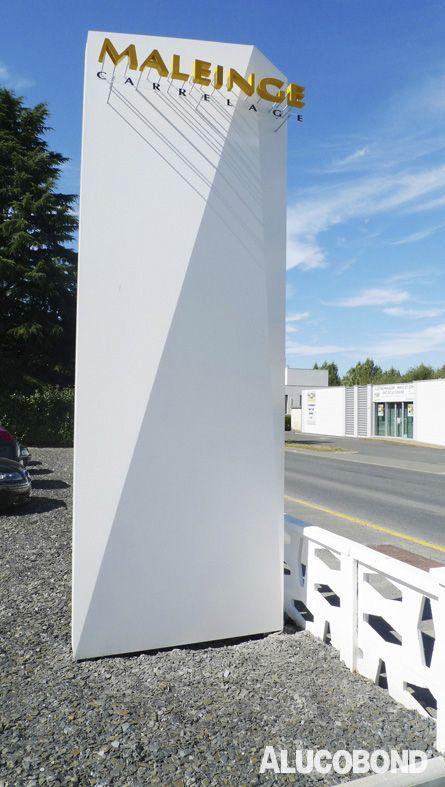 Renovation Magasin Carrelage MALEINGE, Saint-Pierre-Montlimart   France   SHED architectes, Nantes   Photo: SHED architectes   ALUCOBOND® White