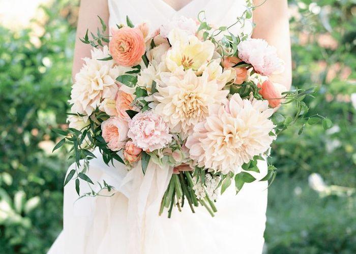 季節のお花を束ねたい♡『秋』が旬のお花を使ったブーケカタログ*のトップ画像