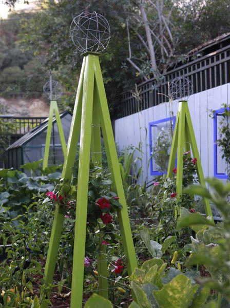 AKORIS GARDEN TUTEUR SR | Beautiful Way To Grow Climbing Vines. Learn More  About Trellises