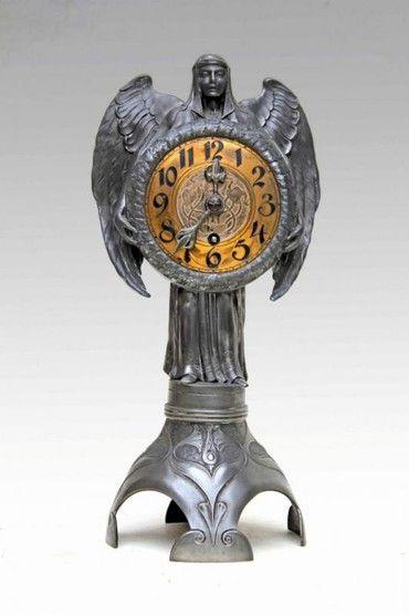 Антикварные часы из серебреной и золоченой бронзы. Надпись: LENSKIRCH. Стиль Ар-Нуво. Германия, 1990-е гг.