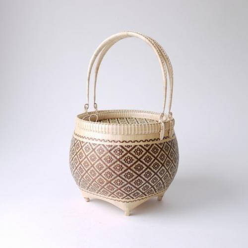 【旅茶籠】タイ王室御用達 プラニー工房作 クラシックバスケットバッグ/ブラウン | タイ工藝ムラカ