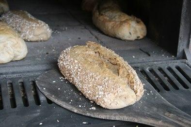Vers speltbrood uit de oven!!