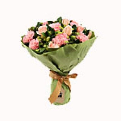 10 Mixed Flowers Bunch (Roses and Carnations) Standard
