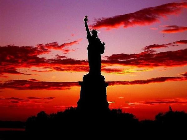Estatua de la Libertad: Squares, North America, New York Cities, Sunsets, Islands, Statues Of Liberty, Sunri, Newyork, Dreams Coming True