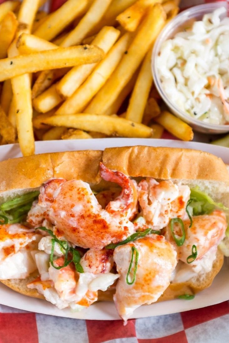Lobster roll at Red Hook Lobster Pound