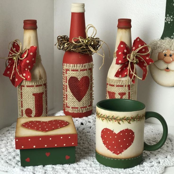 Olá meu povo lindoooooo! Lindezas do meu Natal!  Você já se inscreveu para participar? Este é o link para participar da semana da pintura http://pintura.duna.vc/  Beijinhos Tania #natal #decoration #madeira