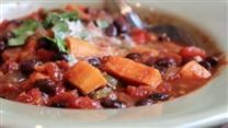 Sweet Potato Black Bean Chili. first roast cubed sweet potatoes for 20 minutes in oven on high, and the secret ingredient is unsweetened cocoa! Looks like a great winter meal!