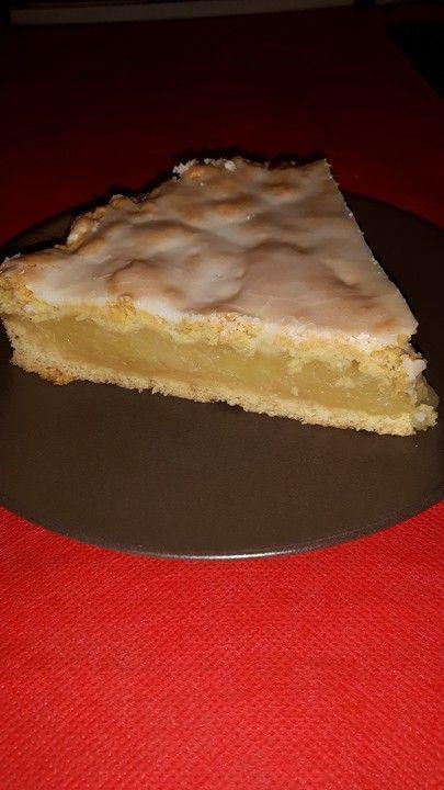 Mum's covered apple pie