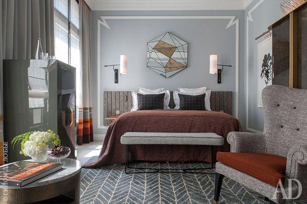 Номер в отеле Nolinski в Париже, диайнер Жан-Луи Денио. Нажмите на фото, чтобы посмотреть другие номера.
