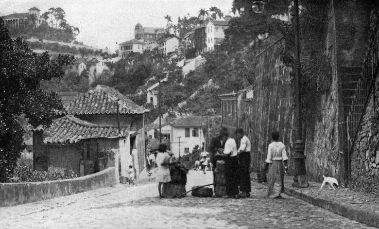 Vendedor de verduras em uma das ladeiras do Rio, em 1919