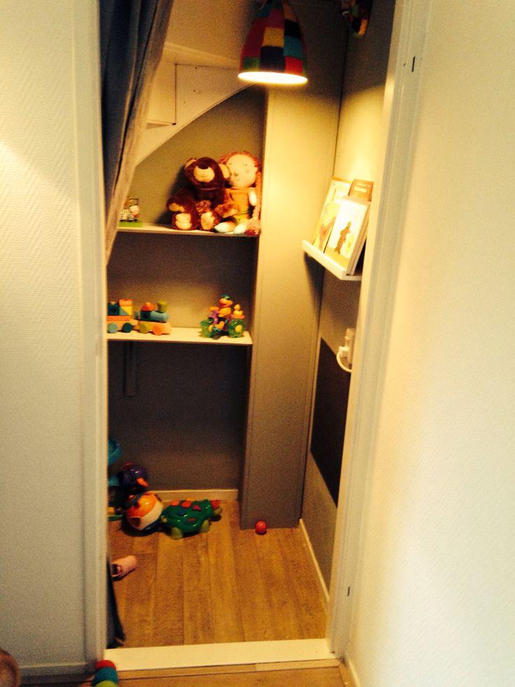Speelkast voor onze dochter Playcloset under stairs
