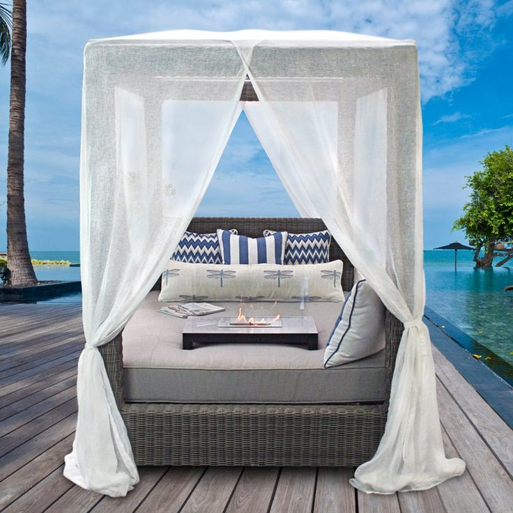 Best 25 Queen Canopy Bed Ideas On Pinterest Canopy Bed