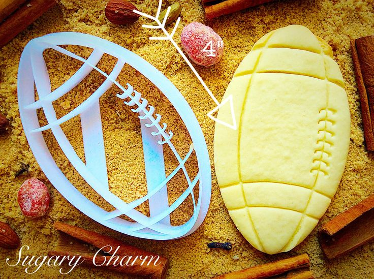 What to gift to a player? With Cookie of Football shape, you can make the one feel great. So, go for promoting Sport spirit