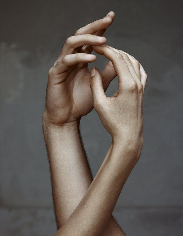Erwin Olaf fotografeert dansers Het Nationale Ballet voor Groninger Museum
