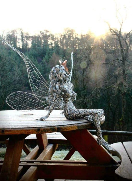 As impressionantes e belíssimas esculturas de fadas de arame de Robin Wight