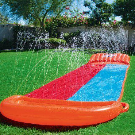 Wasserrutsche für den Garten mit aufblasbarer Rampe