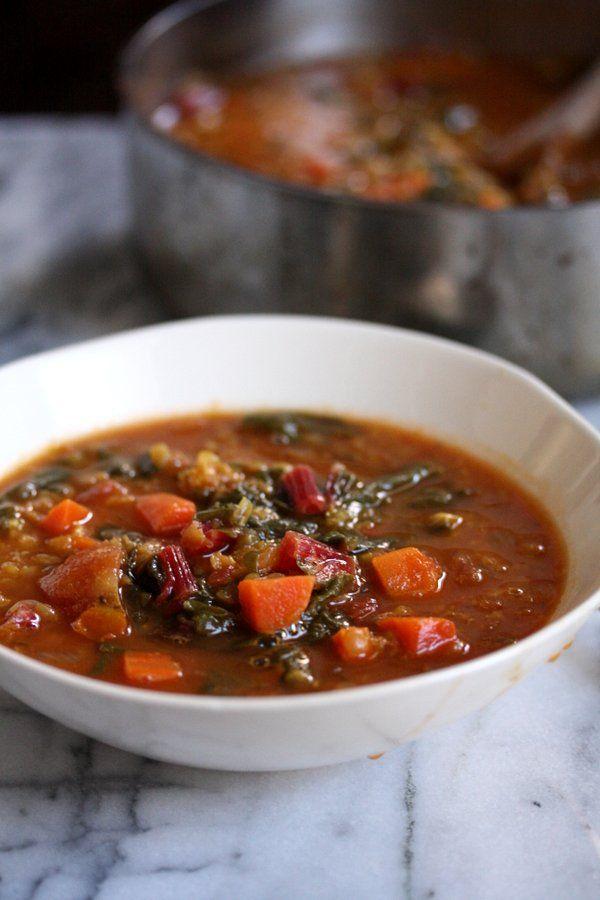 Resep mudah Moroccan Red Lentil Soup ini mirip dengan harirra klasik tapi dengan swiss chard sehat. Hidangan ini sederhana, pedas dan lezat.