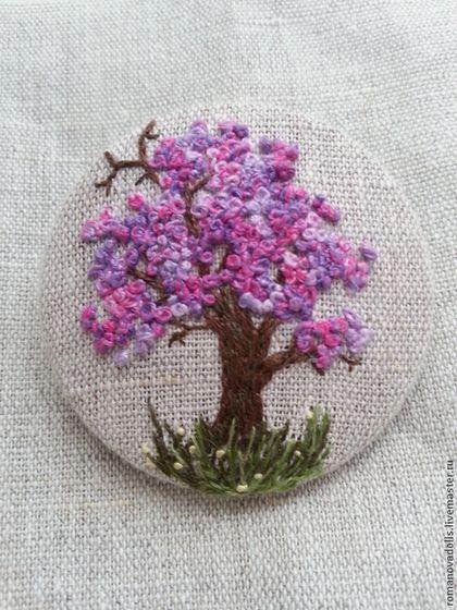 """Брошь """"Розовое дерево"""" - брусничный,лен,ручная работа,ручная вышивка,вышивка"""