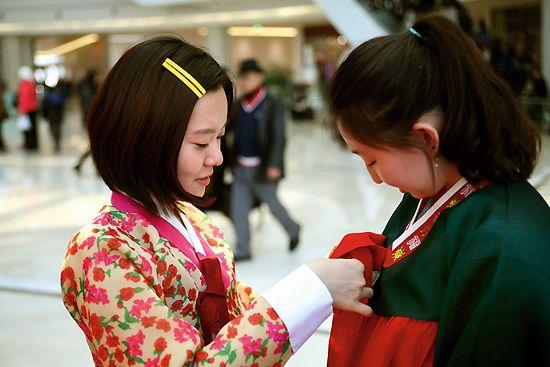 이번 광복절, 한복 입어볼래요? http://www.sisainlive.com/news/articleView.html?idxno=13883