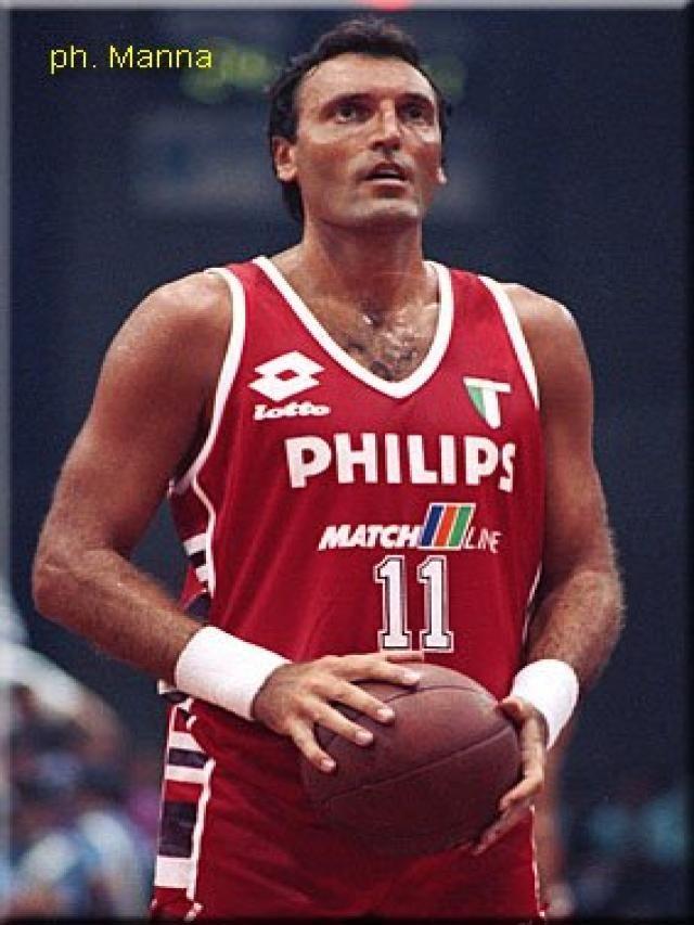 Dino Meneghin, cestista italiano ...campione e basta !