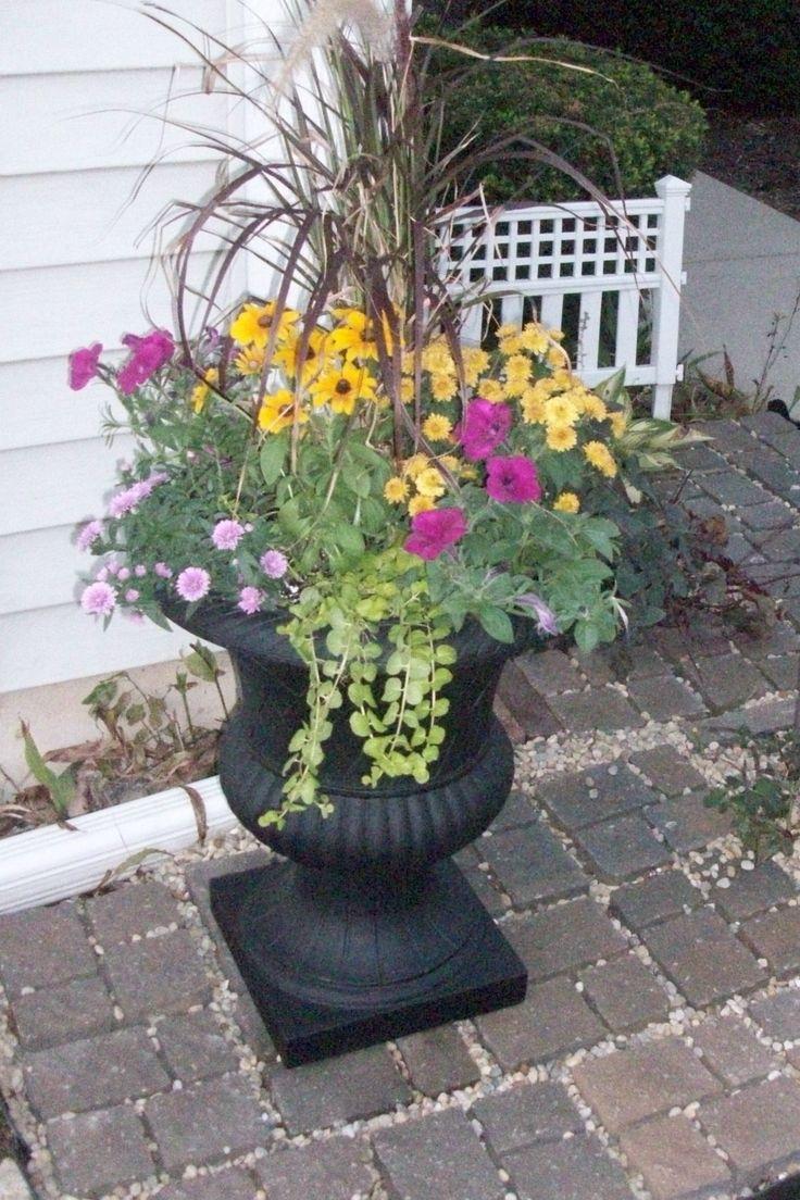 Annual urn planter outdoor ideas pinterest urn for Flower planter ideas