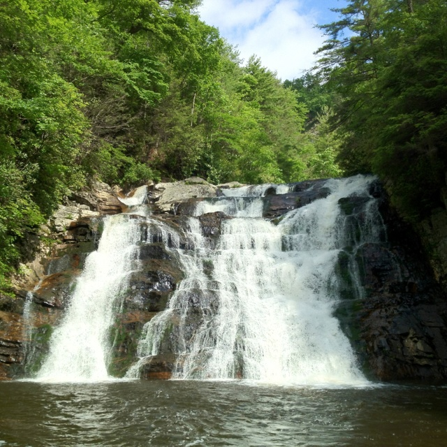Laurel Falls, Cumberland Plateau, TN · Pigeon Forge Cabin RentalsGatlinburg  ...