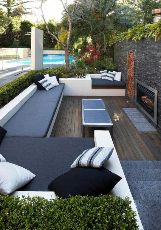 Great outdoor setting