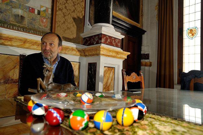 Le Contrade di Siena raccontate dai Priori: Contrada del Leocorno. Vai alla pagina http://www.sienafree.it/palio-e-contrade/leocorno/45029-le-contrade-di-siena-raccontate-dai-priori-leocorno-fotogallery
