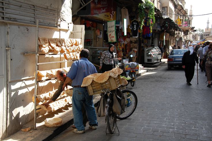 Broodverkoop in Damascus. Foto: Marco in 't Veldt