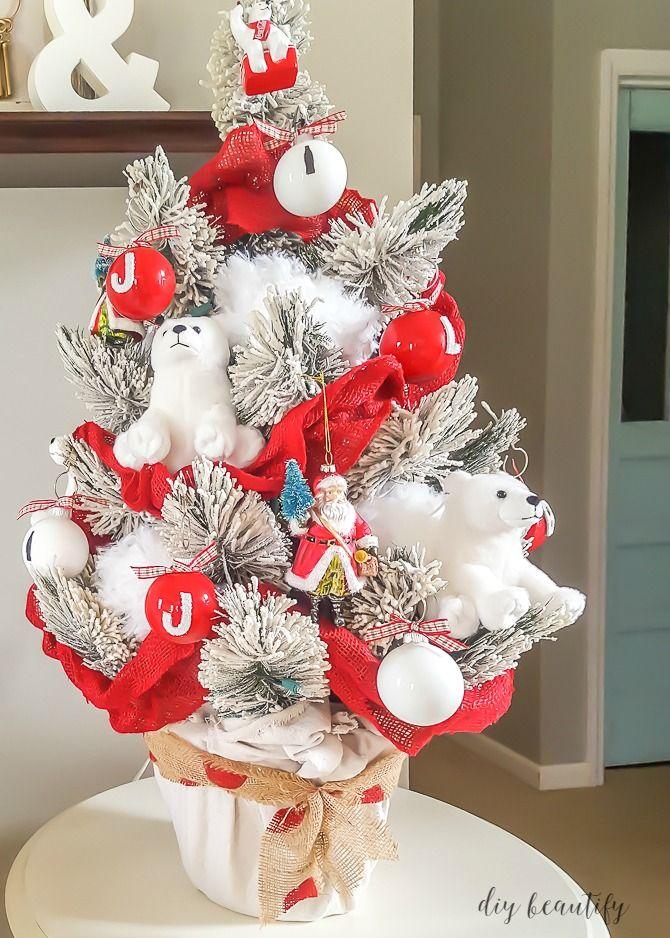 Coca Cola Christmas tree with DIY ornaments   diy beautify